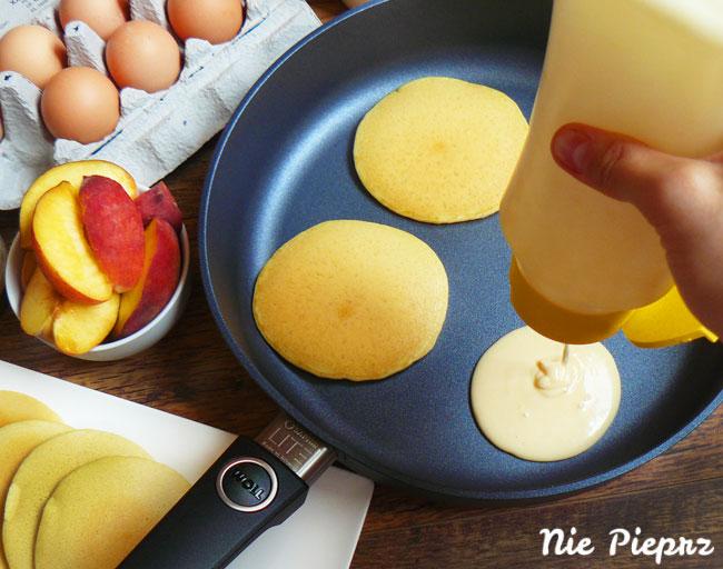 nalesniki-pancakes-z-patelnia-woll